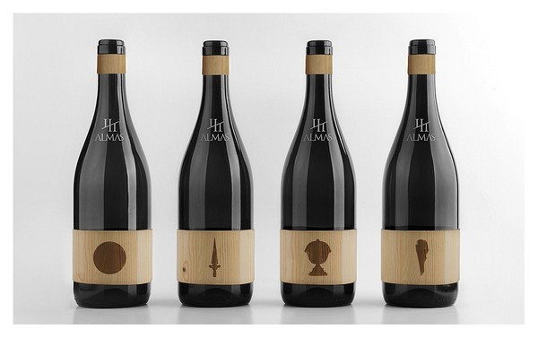 CuatroAlmas-Packaging- madera - packandwine